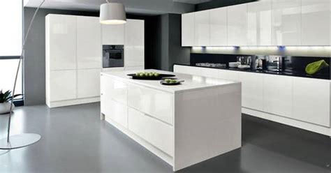 modele cuisine equipee italienne installation cuisine équipée design cuisinea à aubagne meuble et décoration marseille