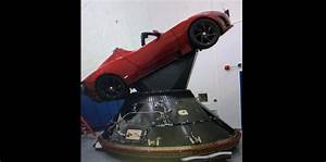 First Image of Elon Musk's Tesla Roadster getting ready to ...