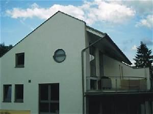 Graue Fassade Weiße Fenster : www bauweise net ~ Markanthonyermac.com Haus und Dekorationen