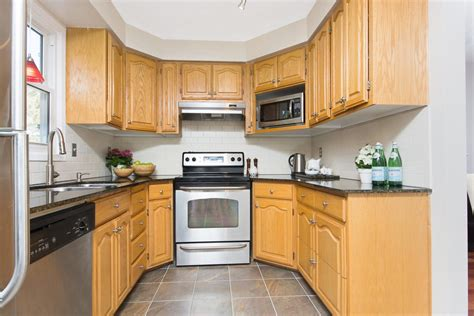 storage in the kitchen sold updated townhouse in meadowvale the guru 5878