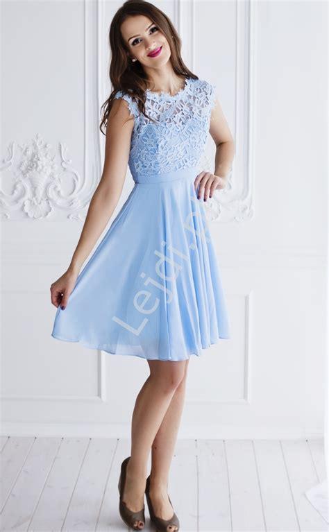 foto de Błękitna szyfonowa sukienka na wesela chrzciny bal