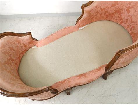 chaise bateau chaise longue louis xv duchesse en bateau noyer sculpté