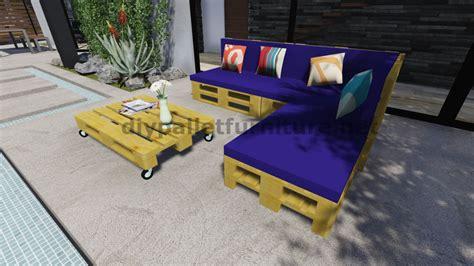 canap fait avec des palettes comment construire un canapé de palette pour le jardin