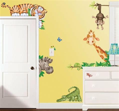 wandgestaltung im kinderzimmer tiere im babyzimmer