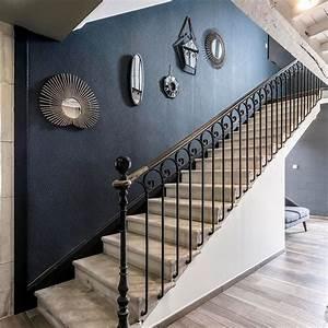 Decoration Murale Montee Escalier : d co cage d 39 escalier id es relooking mont e d 39 escalier ~ Melissatoandfro.com Idées de Décoration