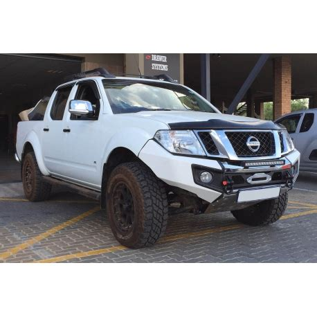 rhino evolution bar nissan navara  thai built