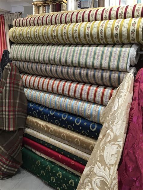 tissu canapé au mètre tissus pour fauteuil au metre table de lit