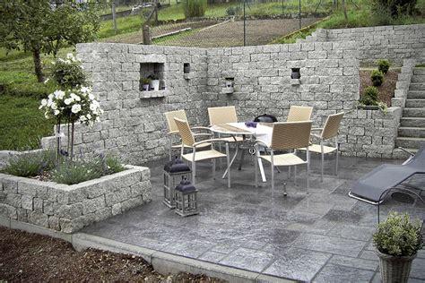 gartenmauer ohne fundament pflanzringe setzen ohne fundament