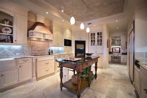 10 Kitchen Layouts & 6 Dimension Diagrams (2019