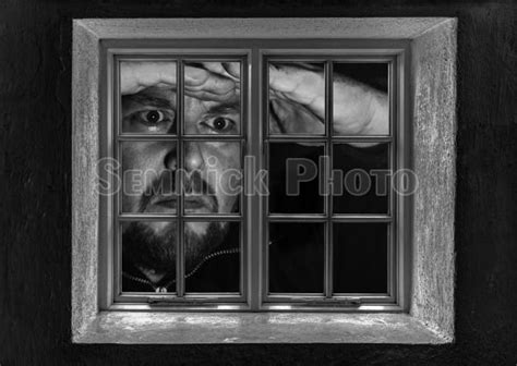 6598-man-giant-looking-through-a-window-at-night.jpg (590