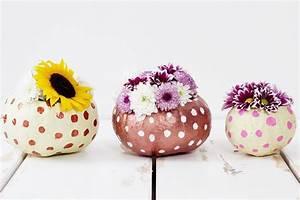 Vasen Selber Machen : k rbisdeko basteln diy vasen aus k rbis selber machen ~ Lizthompson.info Haus und Dekorationen