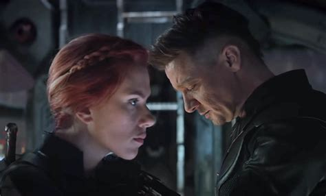 Avengers Endgame Star Jeremy Renner Warns Josh Brolin