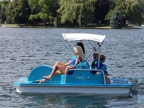 Best Paddle Boats by 25 Best Ideas About Paddle Boat On Diy Boat