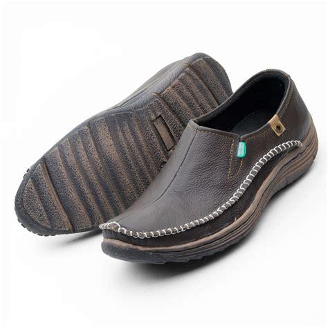 Sepatu Santai Kulit sepatu pria casual slip on santai model rajut moccasin