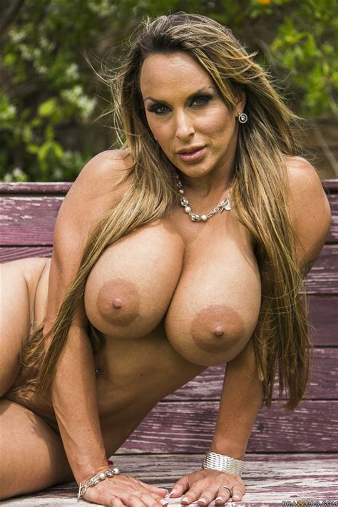 Holly Halston Big Photo - Granny Picture Porn