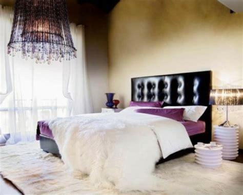 luminaire suspendu chambre a coucher la chambre à coucher violet sans tristesse