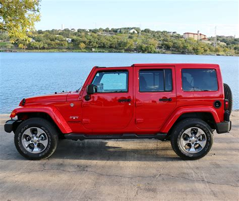 Jk Forum Reviews The 2016 Jeep Wrangler Unlimited Sahara