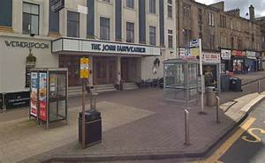 Man left 'seriously injured' in hospital after Cambuslang ...