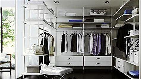 Regalsysteme Für Begehbaren Kleiderschrank by Begehbarer Kleiderschrank Einrichtung Free