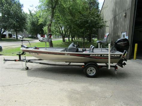 Bass Tracker Boats For Sale In Michigan by Bass Boats For Sale In Fennville Michigan