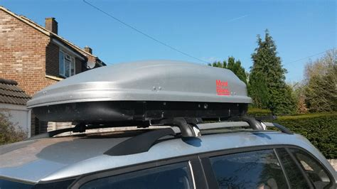 mont blanc roof box cargo    roof bars  attach  sets  keys