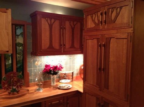 arts and crafts style kitchen cabinets arts and crafts kitchen cabinets kitchen dreams 9043