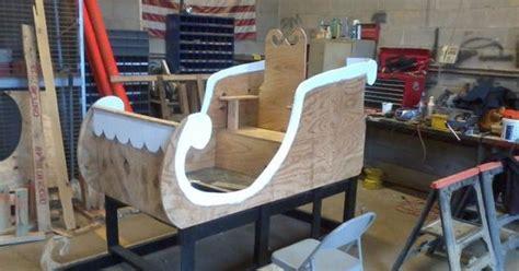 santa  sleigh   pallets  plywood