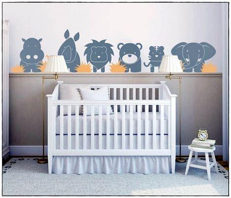chambre de bébé jungle stickers chambre bébé jungle idées de décoration à la maison