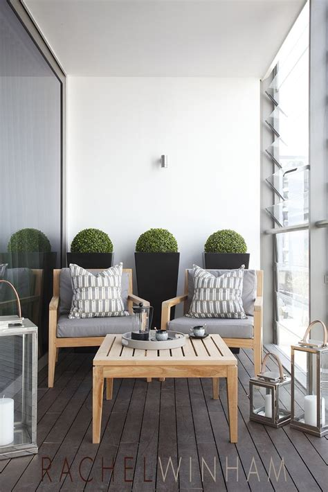 choosing prominent furniture  relax  balcony