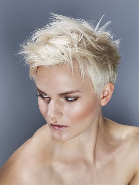 popular short haircuts  modern women blogletcom