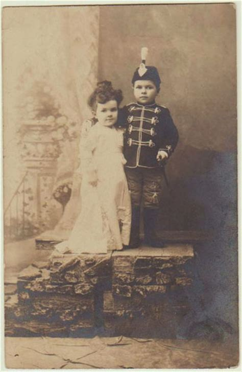 lilliputian vintage photo   midget couple
