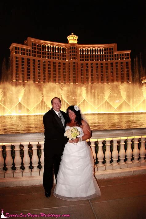 wedding photography  bellagio fountain show yelp