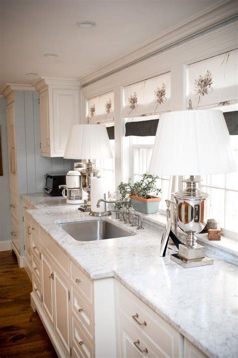 white kitchen ideas  cabinets  islands founterior