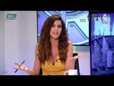 Graciela Alvarez en '90 minuti' escote de amarillo (13/08