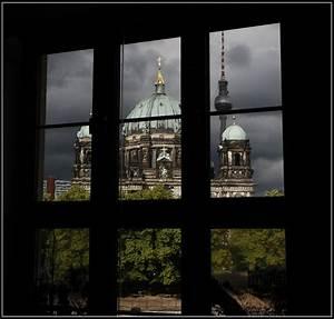 Blick Aus Dem Fenster Poster : blick aus dem fenster bild foto von werner meier aus mitte fotografie 18118134 ~ Markanthonyermac.com Haus und Dekorationen