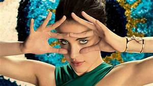 Ad of the Day: Spike Jonze's New Perfume Ad Is Ludicrous ...