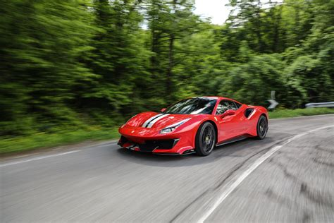 Review 488 Pista by 2019 488 Pista Review Motormouth Arabia