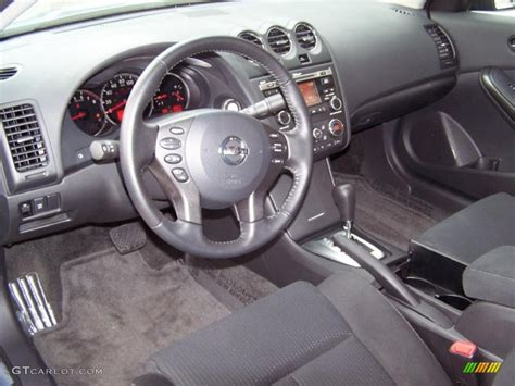 Charcoal Interior 2010 Nissan Altima 2.5 S Coupe Photo