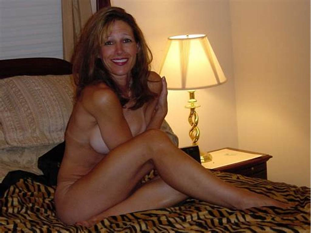 #Slightly #Shy #Milf #On #The #Bed #Porn #Photo