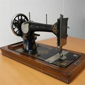 Ancienne Machine A Coudre : seidel naumann ancienne machine coudre manuelle ~ Melissatoandfro.com Idées de Décoration