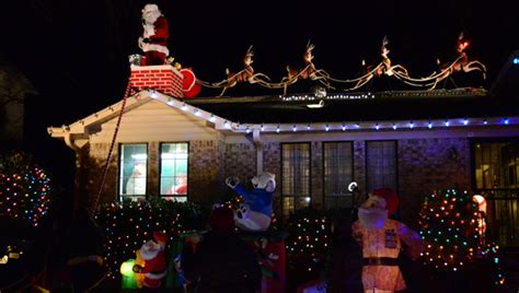 rooftop santa and sleigh decorations rooftop santa www indiepedia org