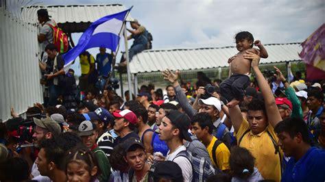 Flipboard: Caravan of Honduran immigrants advance into Mexico