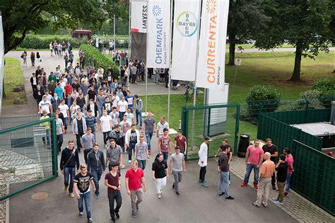 Jun 08, 2021 · chempark leverkusen has 32,900 employees. 121 Jugendliche begannen neuen Lebensabschnitt im CHEMPARK ...