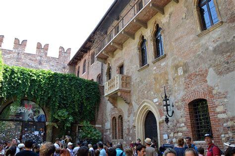 casa romeo e giulietta verona un itinerario sui luoghi di romeo e giulietta in centro a