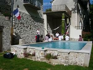 les 25 meilleures idees de la categorie piscine hors sol With construction piscine hors sol en beton