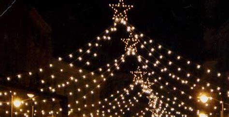 Salerno Illuminazioni Natalizie by Natale Luned 236 Si Decide Per Le Luminarie Incontro Tra