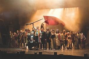 HSO and Hartford Chorale Perform Music from Les Mis, Miss ...