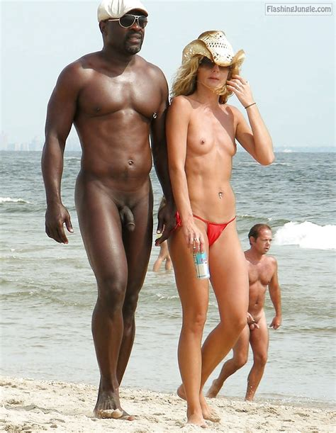 Naked black guy and topless blonde Nude Beach Pics, Voyeur Pics