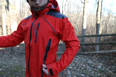 best mtb jacket 2015 review showers pass refuge rain jacket and body mapped