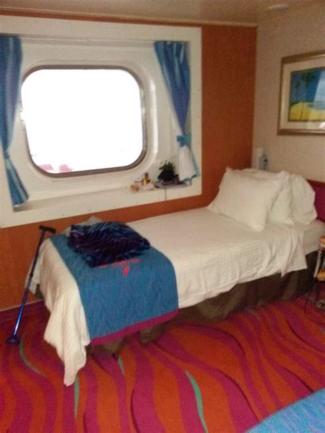 obstructed oceanview cabin category  norwegian jewel